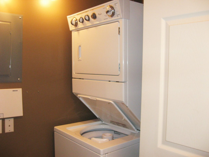 Apartment For Rent 210, 69 Ironstone Drive, Red Deer, 2 Bedrooms, 2 Bathrooms