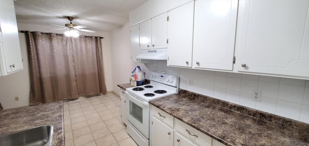 Fourplex For Rent 1 - 11 Nordegg Crescent, Red Deer, 2 Bedrooms, 1.5 Bathrooms