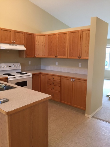 Townhouse For Rent 65 Lakeway Blvd, Sylvan Lake, 2 Bedrooms, 1.5 Bathrooms